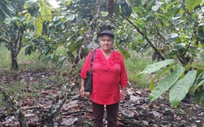Supporting a smallholder farmer in Ecuador